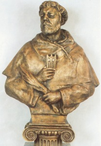 San Pedro Armengol, redentor, colgado, con la soga al cuello, dio su vida por el cautivo y fue redimido por sus compañeros. Obra en bronce semidorado de Lev Kerbel